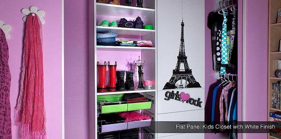 Girls do rock! This closet is made for a chic girl with a love for accessories!